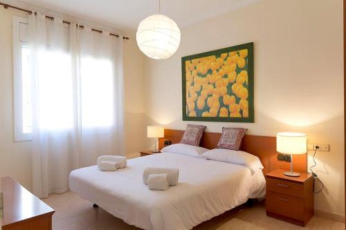 AinB Diagonal Francesc Macià Apartments impression