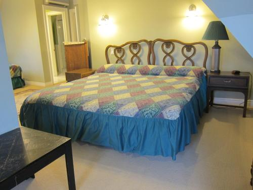 Bonnevue Manor Bed & Breakfast