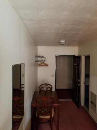 Panguitch Inn Photo