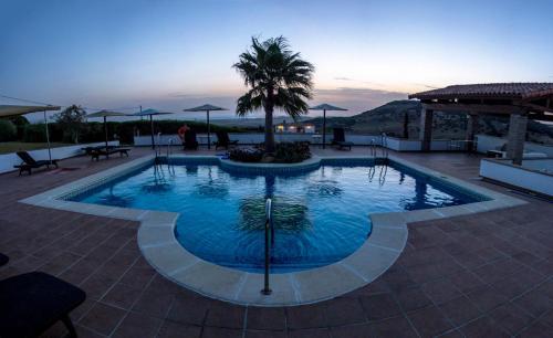 Doppel-/Zweibettzimmer mit Balkon und Meerblick Hotel Sindhura 12