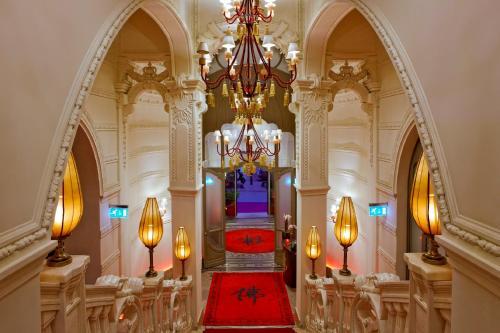 Buddha-Bar Hotel Budapest Klotild Palace photo 7