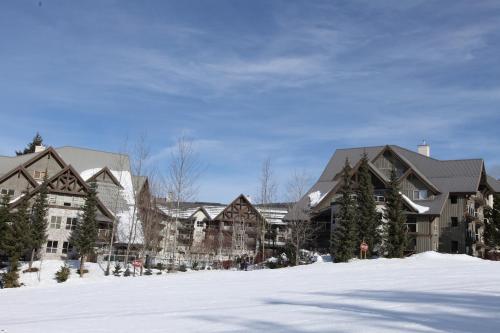 The Aspens By Resortquest Whistler - Whistler, BC V0N 1B4