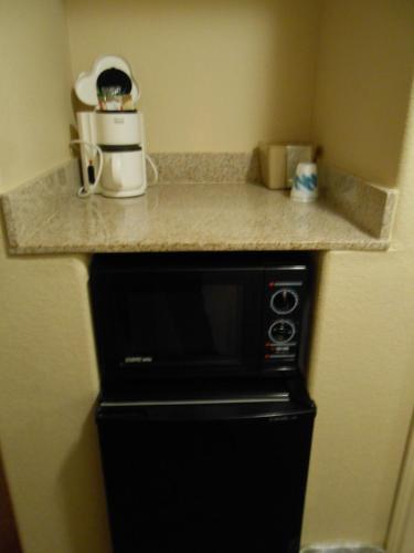 Winter Garden Inn - Crystal City, TX 78839