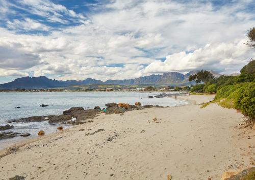 Cape Gordonia Photo