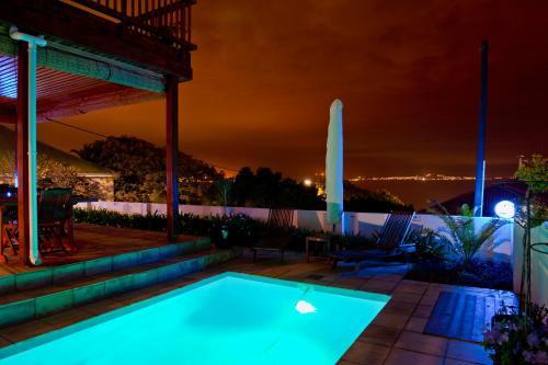 Aquamarine Guest House Photo