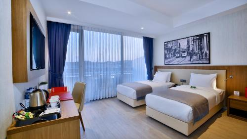Ramada Istanbul Old City Hotel photo 47