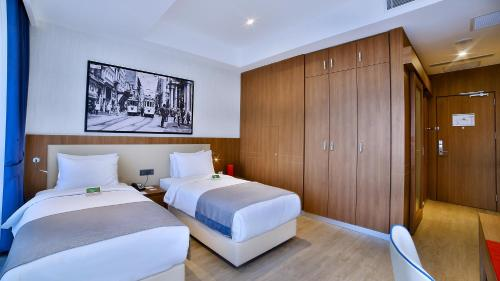 Ramada Istanbul Old City Hotel photo 48