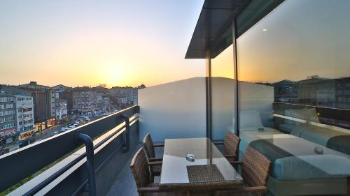 Ramada Istanbul Old City Hotel photo 50