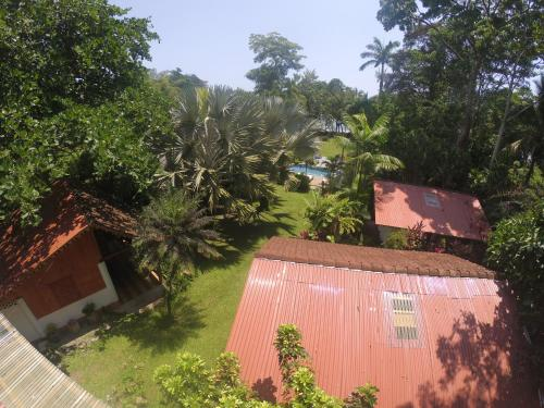 Chalet Cabinas Hibiscus Photo
