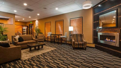 Best Western InnSuites Yuma Mall Hotel & Suites Photo