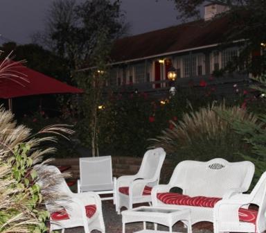 Red Horse Inn Photo