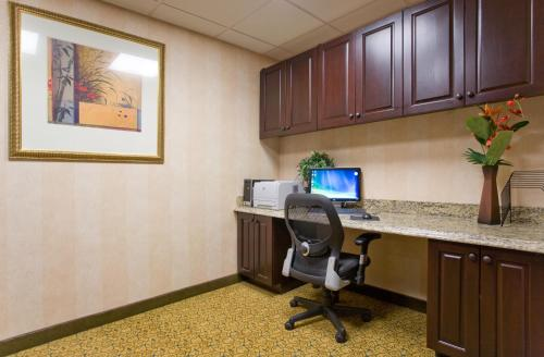 Country Inn & Suites By Radisson San Marcos Tx