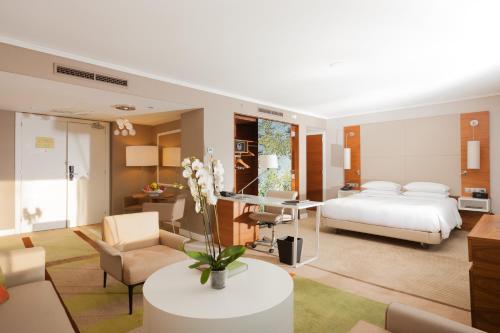Hilton Barcelona photo 30