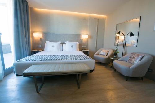 Hotel América Sevilla photo 42