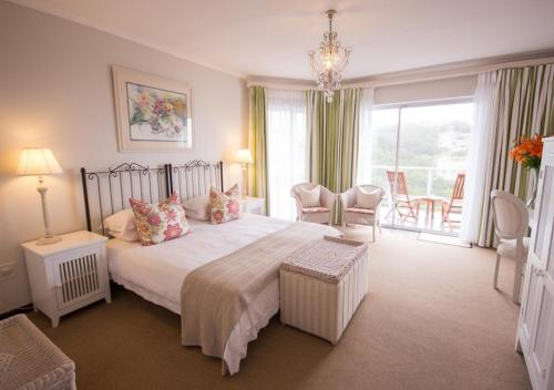 Headlands House Guest Lodge Photo