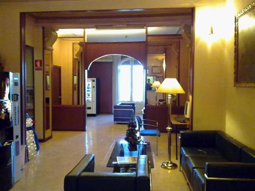 Hotel Toledano Ramblas photo 2