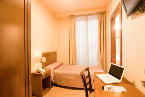 Hotel Granada Centro photo 2