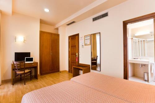 Hotel Granada Centro photo 13