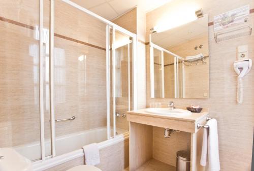 Hotel Granada Centro photo 16