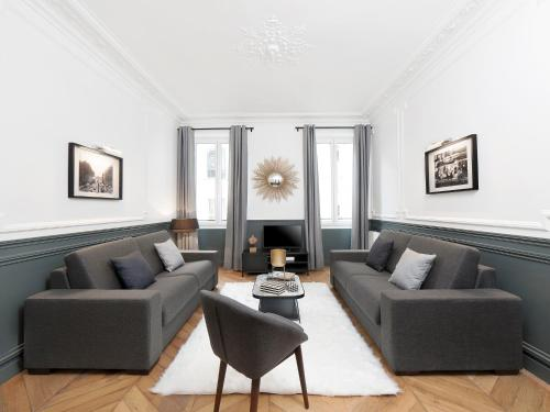 The Residence - Luxury 4 Bedroom Paris Center 3 impression