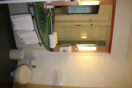 Ibis hotel brussels centre gare du midi bruxelles