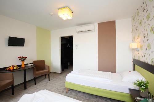 Medosz Hotel photo 68