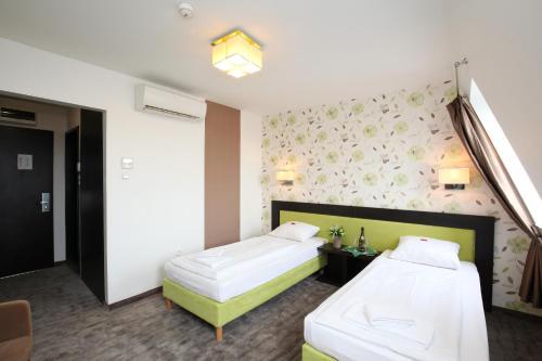 Medosz Hotel photo 69