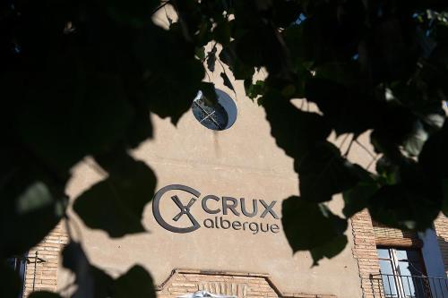 Crux Albergue