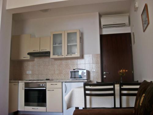 Apartments Šurjak