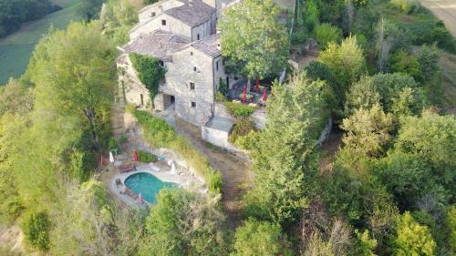 Kasteel-overnachting met je hond in Agriturismo Castello Della Pieve - Mercatello sul Metauro