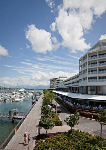 Shangri-La Hotel The Marina Cairns photo 8