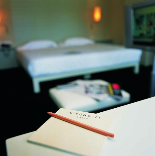 Habitación Doble Interior Pequeña Hotel Miró 8