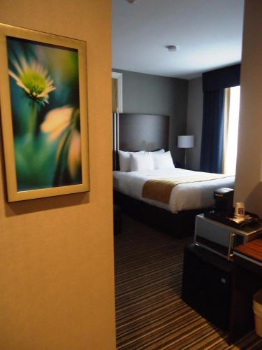 Comfort Inn City Centre - Toronto, ON M5B 2C2