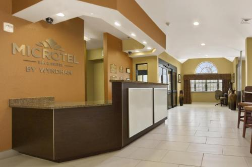 Microtel Inn & Suites by Wyndham Buda Photo