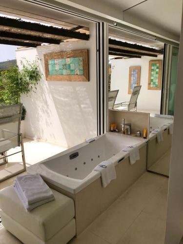 Habitación Doble Premium con jardín suspendido con vistas al mar Boutique Hotel Spa Calma Blanca 27