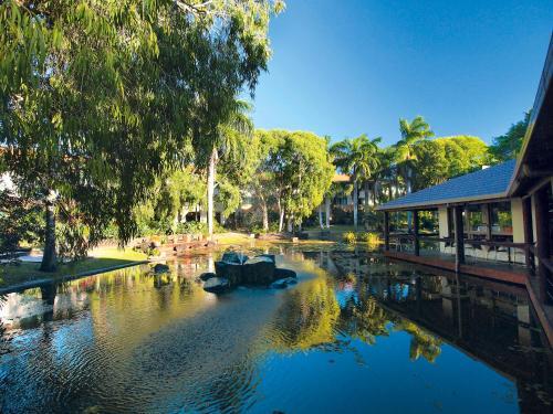 Oaks Oasis