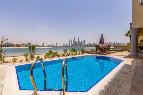 Top 10 Large Villas In Dubai | Trip101