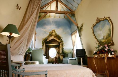 h tel de france 3. Black Bedroom Furniture Sets. Home Design Ideas