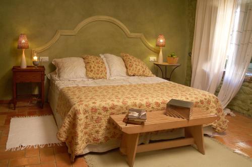Suite Hotel la Plaça Madremanya 33