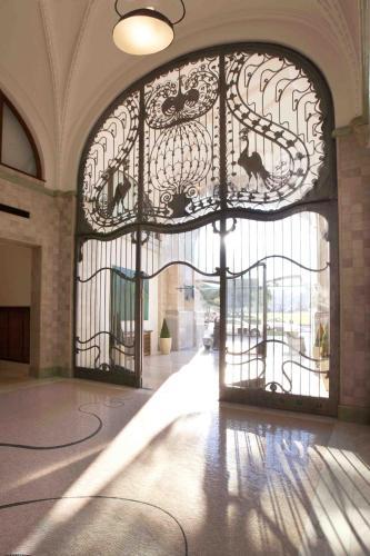 Four Seasons Hotel Gresham Palace - 8 of 96
