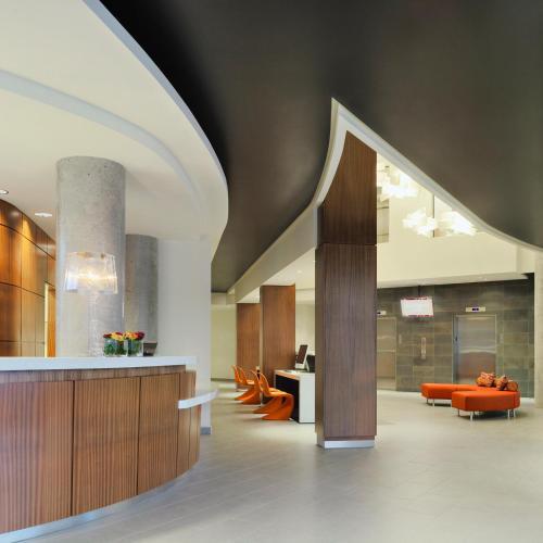 Hotel Alma - Calgary, AB T2N 1N4