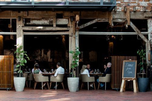 25 Hunter Street, Hobart, Tasmania 7000, Australia.
