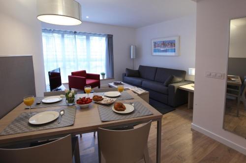 MH Apartments Urban photo 13