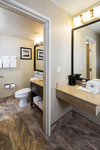 Best Western Ramkota Hotel Photo