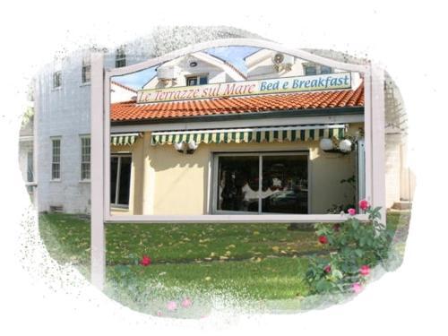 Hotel Le Terrazze Sul Mare (Foce Varano) da 80€ - Volagratis