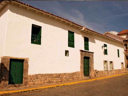 Plazoleta de las Nazarenas, Cuzco, Peru.