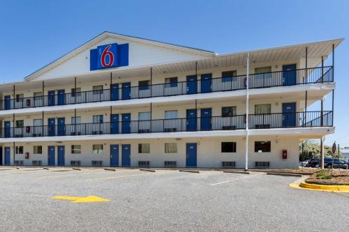 Motel 6 Greenville, SC Photo