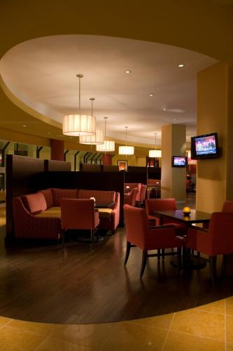 Falls Church Marriott Fairview Park Photo