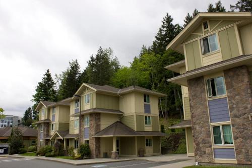 Vancouver Island Residences - Nanaimo, BC V9R6C5