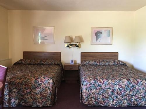 Allenwood Motel Photo